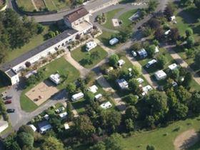 Camping municipal de la fontaine in chauvigny vienne for Piscine chauvigny