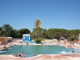 Camping Parc Saint James - Oasis in 83480 Puget sur Argens