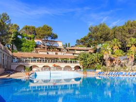 Camping Holiday Green - Resort - Spa