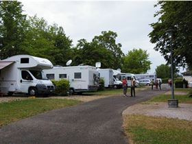 Camping Municipal de Louhans-Châteaurenaud in 71500 Louhans