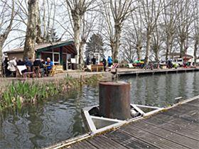 Camping municipal au jardin in meilhan sur garonne lot et for Camping au jardin