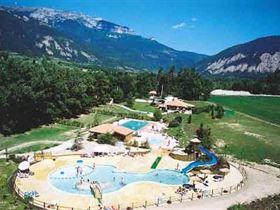 Camping l'Hirondelle in 26410 Menglon