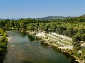 Camping Rives d'Arc